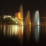 Фонтаны ночью